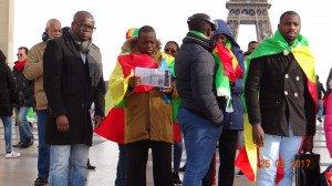Peuple congolais très en colère sur le parvis