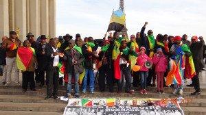 Le peuple congolais de Paris au Trocadéro